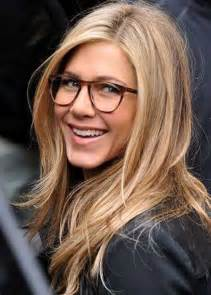 Easy long blonde hairstyles for women