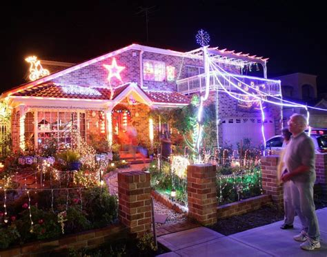 christmas lights australia house covered in lights australia photos world s craziest homes ny daily news