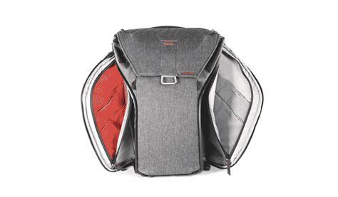 peak design latest everyday bags on kickstarter is a
