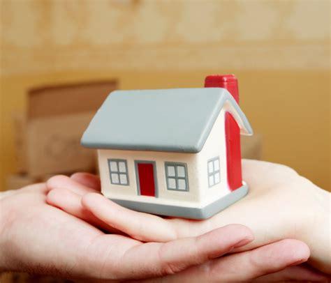 acheter une maison seul acheter une maison avant 30 ans maisons bebium