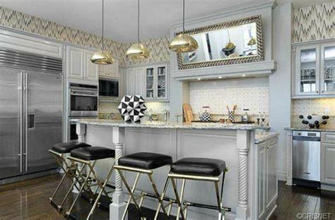 Kris Kardashian Home Decor by Kourtney Kardashian S Calabasas House
