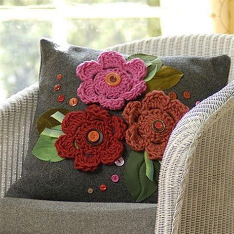 cojines con rosas a crochet flores ganchillo como se hacen espaciohogar com