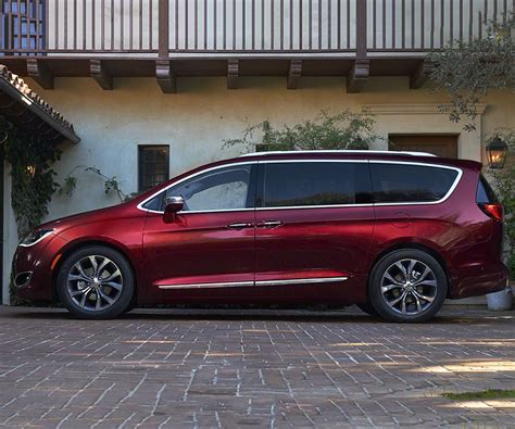 town and country chrysler 2017 chrysler town and country renamed release date price