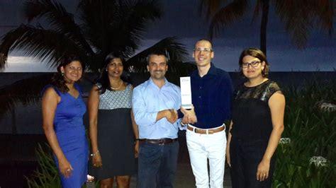 agoda founder trou aux biches mauritius agoda gold award