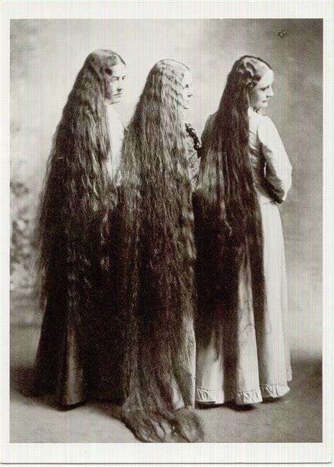 Do Most Men Prefer Long Hair on Women?