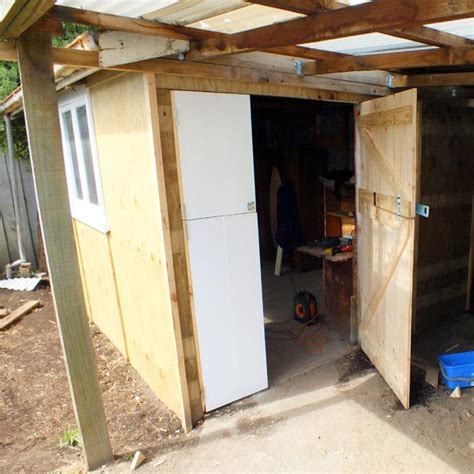 Build Your Own Barn Door Built Like A Barn Door Or How To Make Your Own Shed Doors Guest Country Skills