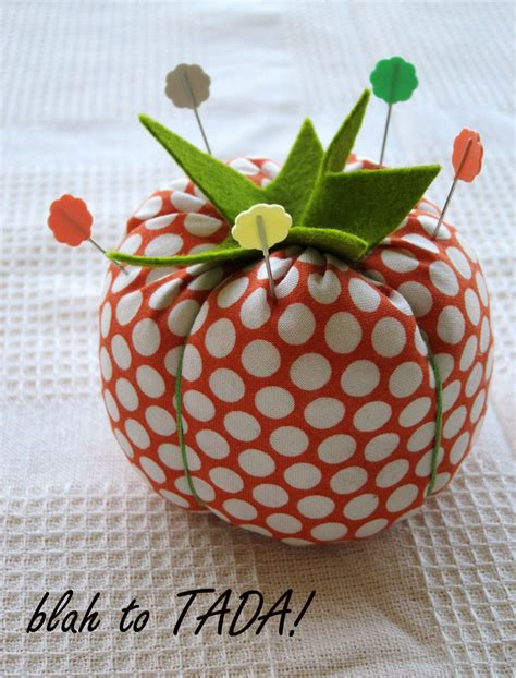 how to make a pin cusion easy to make pin cushion allfreesewing com