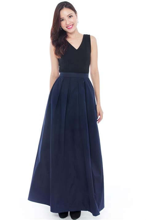 mid week fashion inspiration getting fancy with maxi