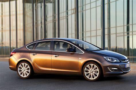 Opel Astra Sport Sedan 2012 2013 2014 2015 2016
