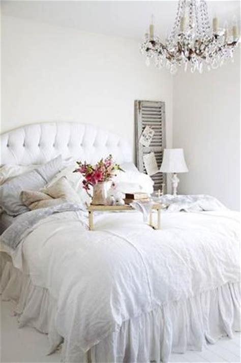 white bedding ideas 25 modern ideas for white bedroom decorating