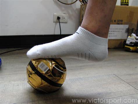 Sepatu Merk Tens menangani cedera olahraga ringan 3 otot tendonitis memar