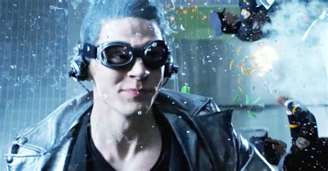 quicksilver d4 6cm would magneto get whiplash if quicksilver pushed him out