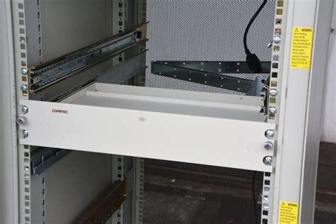 schrank schubladen schienen serverschrank regal boden mit rails schienen kabelf 220 hrung
