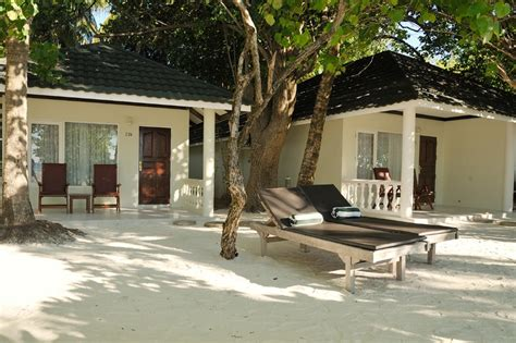 the bungalow salon paradise island resort spa maldives exclusive
