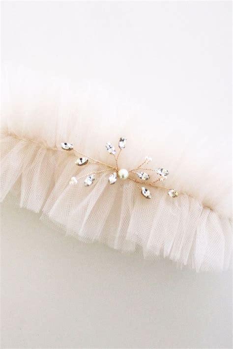 17 Best ideas about Bridal Garters on Pinterest   Wedding