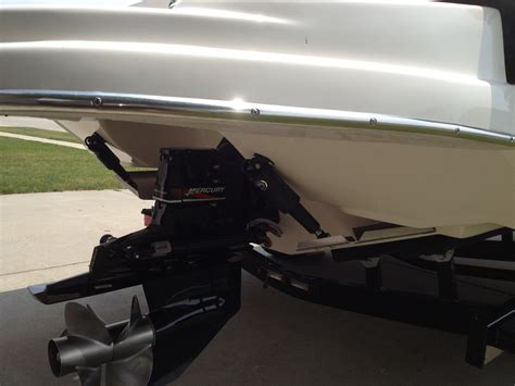 rinker boat trim tabs what trim tabs will fit the transom of a 2005 232 captiva