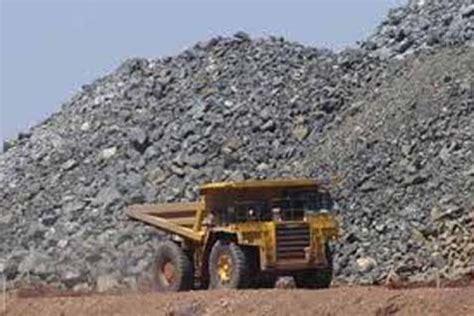 Harga Nikel Dunia harga komoditas indonesia batasi ekspor bijih mineral
