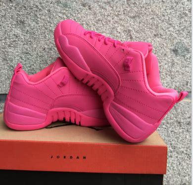 Pre Order Sepatu Basket Nba Air 12 Merah Suede Beludru Import jual pre order sepatu basket nba cewe air 12 pink