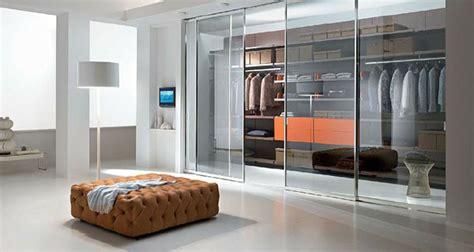 Begehbarer Kleiderschrank Mit Fenster by Begehbarer Kleiderschrank Planen 50 Ankleidezimmer