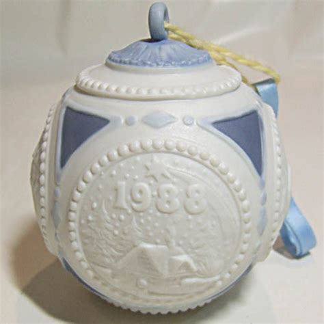 lladro christmas ornament 1988 4 quot ball