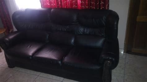 gomma gomma leather couches gomma gomma 6 seater lounge suite for sale must see