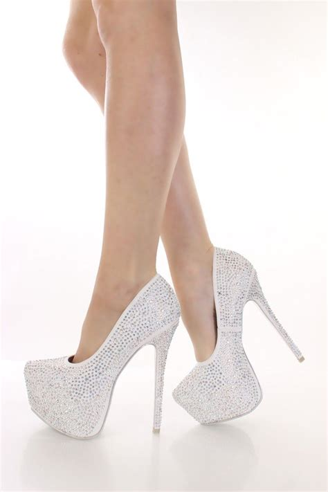 Weisse Pumps Mit Strass by