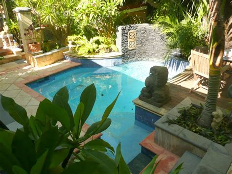 build a small garden swimming pool with for