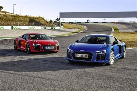 audi r8 inside in photos 2017 audi r8 inside and out the globe and mail