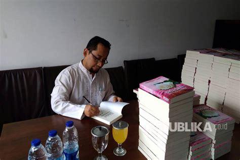 Bidadari Bermata Bening Habiburrahman ini bocoran kang abik jelang bedah novel terbarunya di ibf