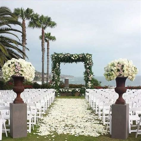 Outdoor Wedding Aisle Runner Ideas by Amazing Wedding Aisle Runner Ideas Modwedding