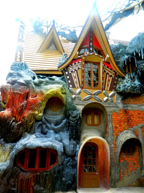 crazy houses crazy house vietnam awesome random pictures