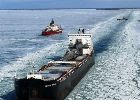 tracker boats wiki file frozen lake huron icebreakers and commercial vessels