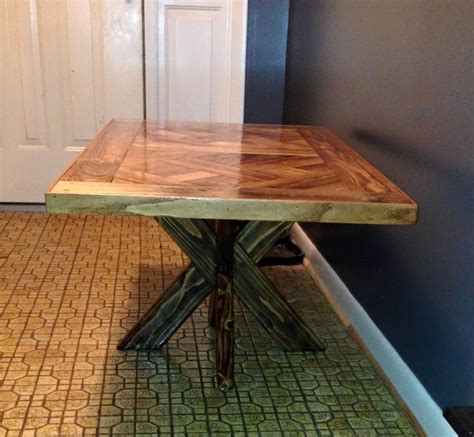 Dining Table Base Diy Pallet Dining Tables With X Base 99 Pallets