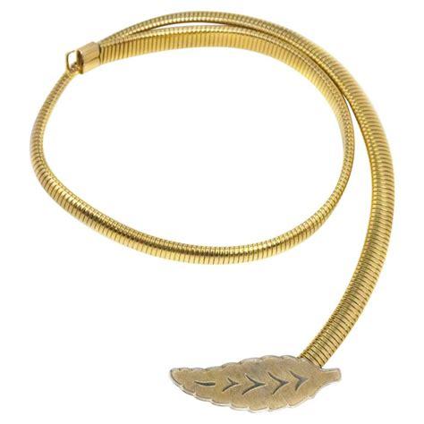 Belt Leaf by 70s Leaf Buckle Gold Stretch Belt For Sale At 1stdibs