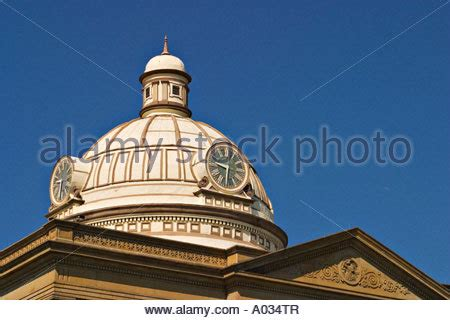 Illinois Circuit Court Search Illinois Lincoln Logan County Circuit Court Building In Small Town Stock Photo