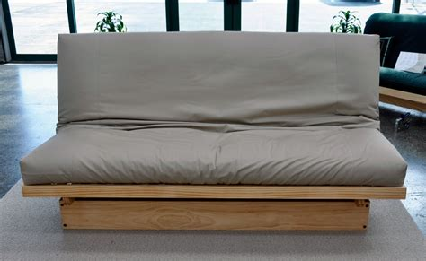 A Futon Bed by Choose A Cheap Futon Mattress Atcshuttle Futons