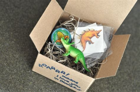 Free Birthday Giveaways - dinosaur party favors bebehblog