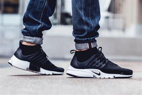 Nike Air Presto Mid Flyknit Black White 1 nike air presto flyknit ultra black buyniketrainersonline
