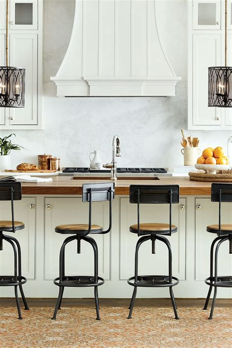 kitchen island with stool how to choose the right stool heights for your kitchen how to decorate
