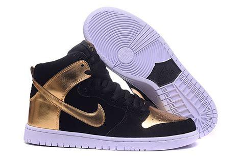 gold womens nike dunk shoes