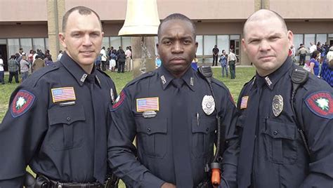 Enforcement Brady Letter Trio Of Policemen Join Certified Ranks In City Daily Leader