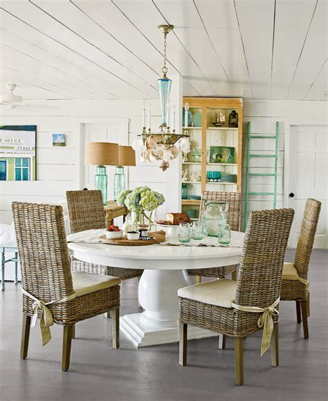 Beachy Kitchen Table How To Decorate Series Finding Your Decorating Style Home Stories A To Z