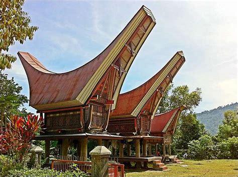Permalink to Rumah Adat Sulawesi Barat