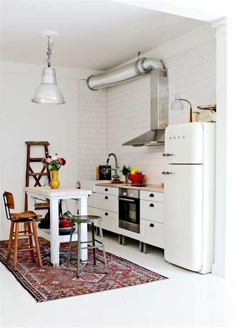 gekleurd kleed gekleurd vloerkleed woonkamer