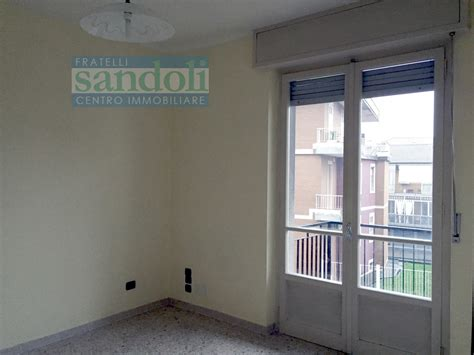 appartamenti in affitto a vercelli appartamento in affitto a vercelli cod 2398a