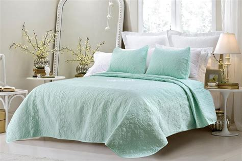 oversized coverlet oversized 3pc quilted coverlet set sage blowoutbedding com