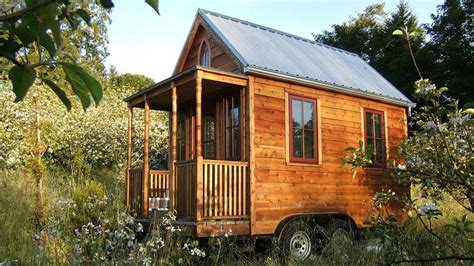 super small homes tiny homes equals tiny energy bills