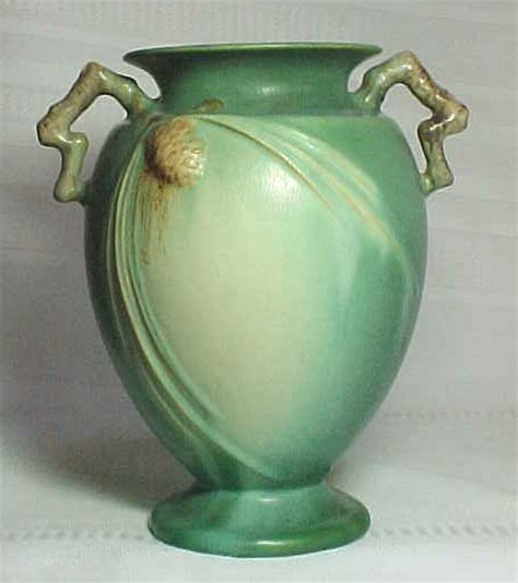 roseville pottery pinecone large green handled vase for