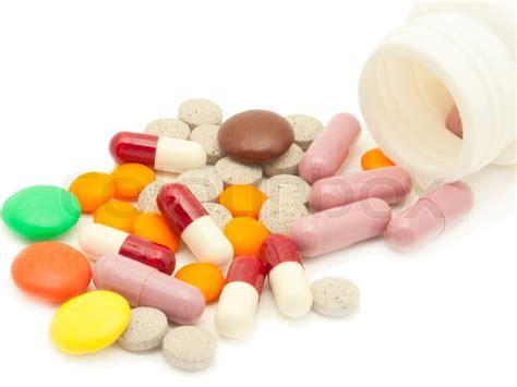 download medical pills tablets and capsules on white and tabletten pillen und vitamine auf wei 223 em hintergrund