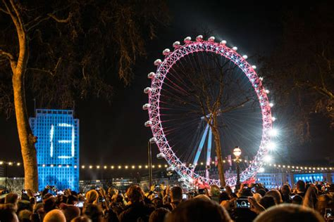 new year uk 2016 where to the new year s fireworks in for